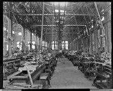 Norfolk Naval Shipyard, Machine Shop with Employees, Feb 2, 1905. Local Identifier: 181-V-409