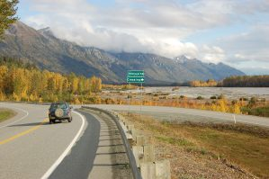 Approaching Porcupine Crossing in Autumn