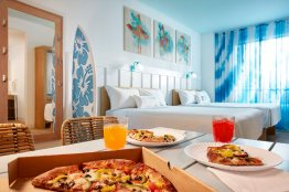 04_Surfside Inn and Suites 2 Bedroom Suite