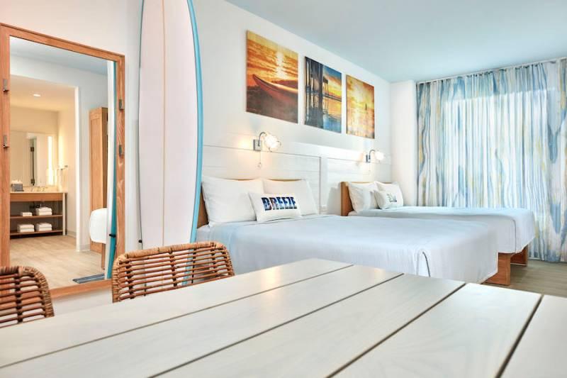18-34764 ESR19 Dockside Suites and Standard Model Room Shoot Endless Summer Resort Hotels UOR