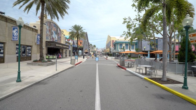 002_universal-reopening-day-1