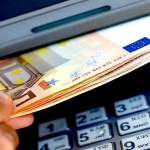 Prelievi conto corrente, se superi 1000 euro sei un evasore