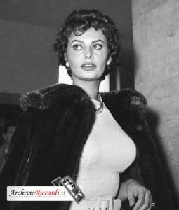 Sofia Loren parte per N.Y.