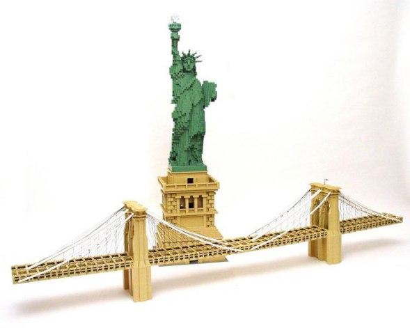 Nathan Sawaya - Brooklyn Bridge
