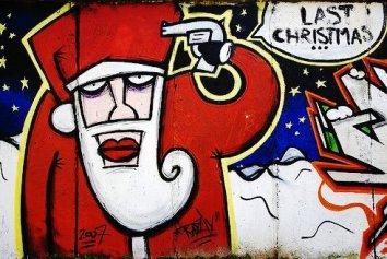 christmas-street-art-4