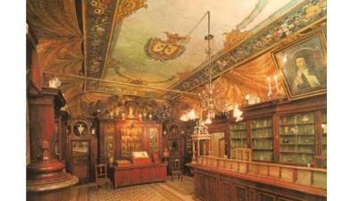 """La spezieria di S. Maria della Scala: la """"farmacia dei Papi"""""""