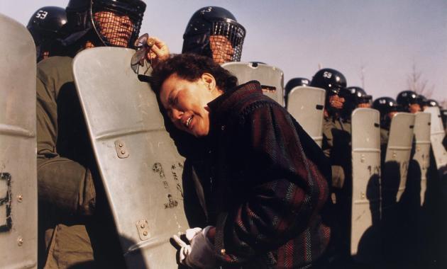 Era il 1988: la foto di Anthony Suau e la guerra in Corea del Sud
