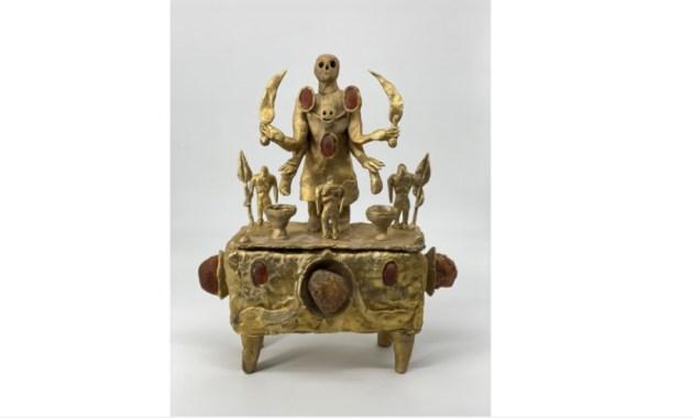 """""""Dead Nations. Eternal version"""", il dialogo di Evgeny Antufiev con le collezioni del Museo Etrusco di Roma"""