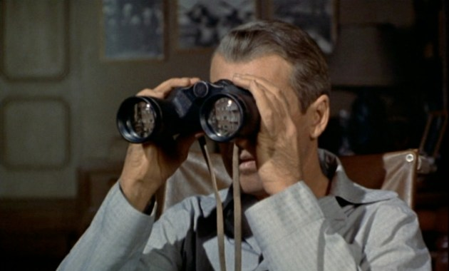 Il film del 1954 – La finestra sul cortile, il capolavoro di Alfred Hitchcock