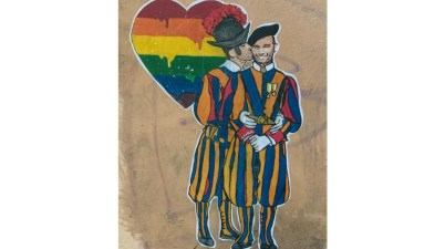 La street art di Laika a San Pietro contro omotransfobia