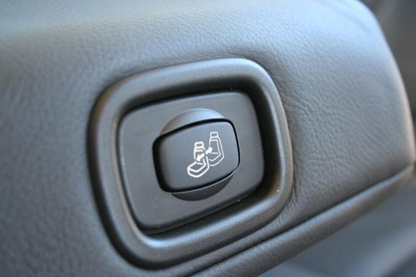 """Résultat de recherche d'images pour """"boutons commande de sièges arrières C6"""""""
