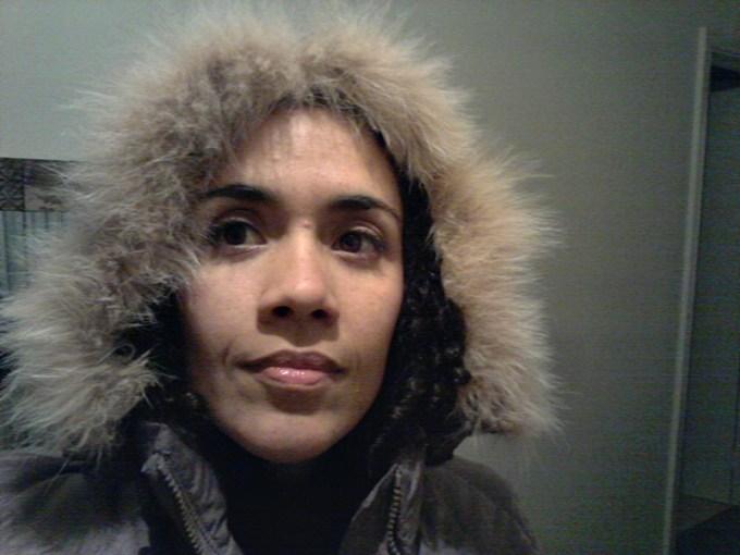Essa foi tirada bem no pico do inverno, muuuuuuuito frio, mas esse casaco segura a onda total. Foi me dado de presente por uma colega de curso no primeiro inverno que passei em Melbourne ;)