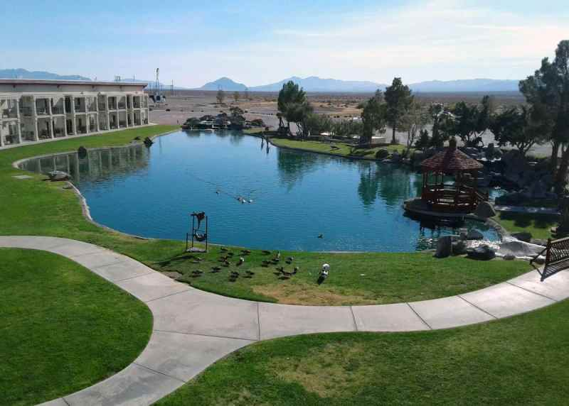 Lodging and Hotels near Death Valley - Longstreet Inn and Casino