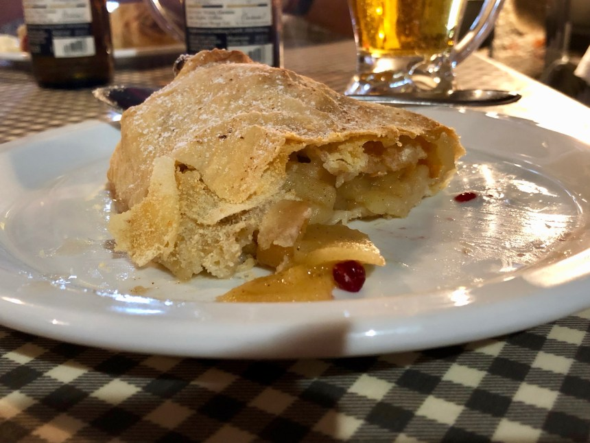 Strudel, one of the best things to eat in Vienna