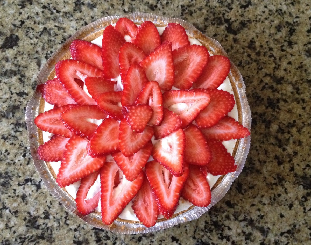 Finished Strawberry Frozen Yogurt Pie from above