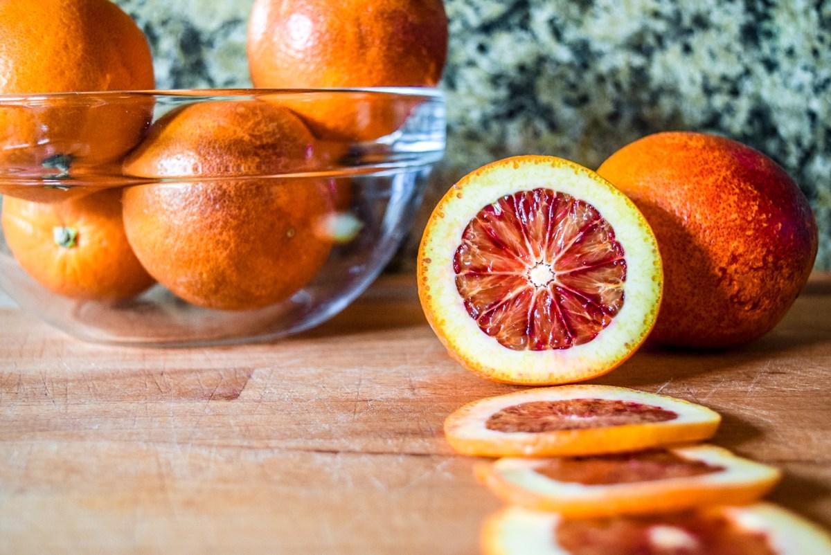 Sliced blood oranges from front for blood orange syrup
