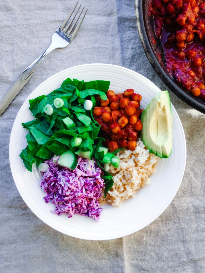 barbecue chickpea bowls