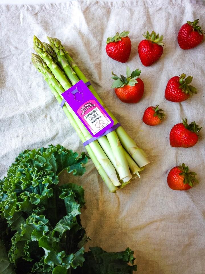 Strawberry Asparagus Kale Salad Recipe