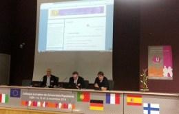 Michel Garde, président de l'AUPF, entouré des responsables des UP autrichiennes (à gauche) - Andreas Paula, et allemandes (à droite) - Wilfried Schmidt.