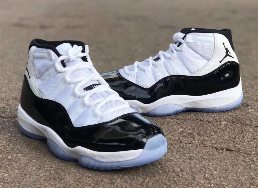 Air Jordan 11 Concord with white on the midsole