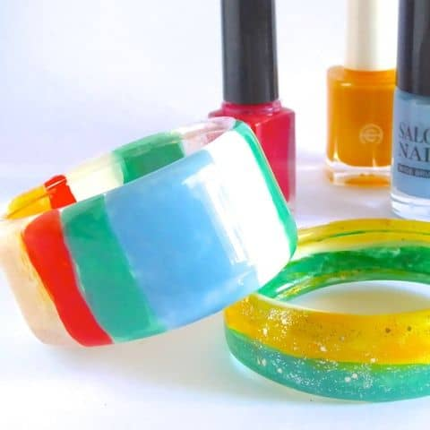 diy bracelets from plastic bottle