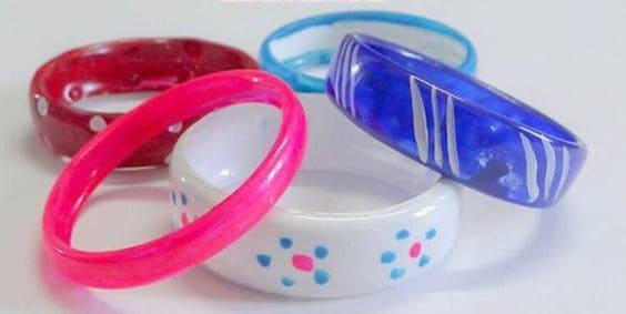 diy bracelet from plastic bottle
