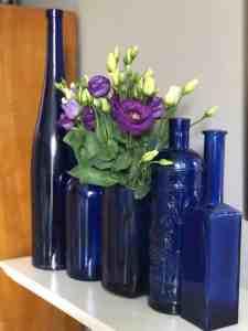 DIY blue vase from a plastic bottle