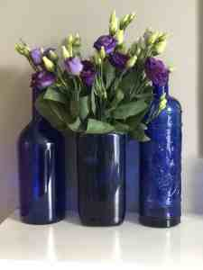 DIY blue vase from a plastic bottle
