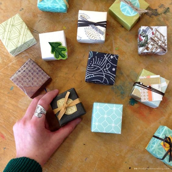 make a gift box from old christmas cards