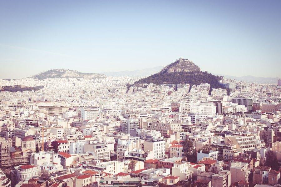 Blick von der Akropolis ueber Athen