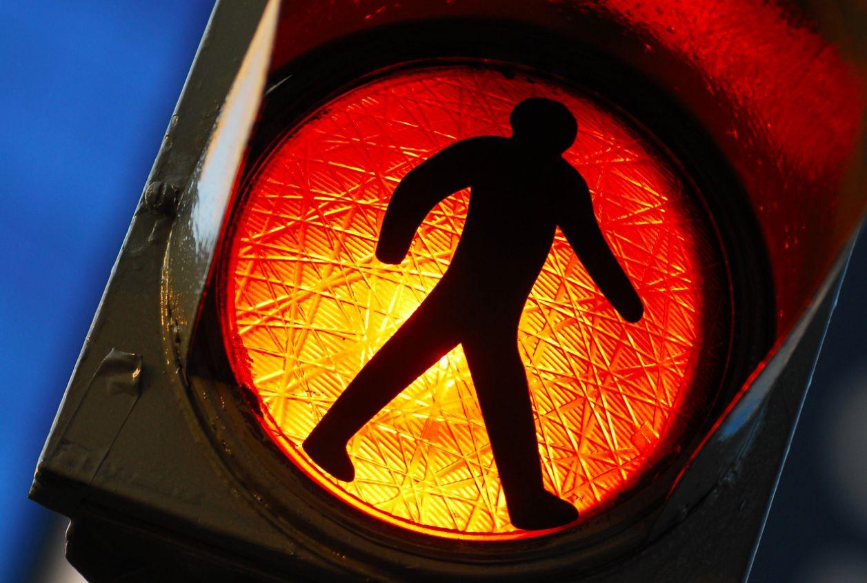 Semáforo naranja: Actividades no esenciales que se reactivan hoy ...