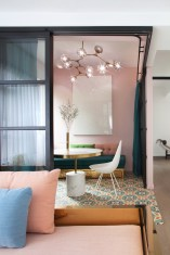 Color in an interior: Lim+Lu - Happy Valley Residence, Hong Kong
