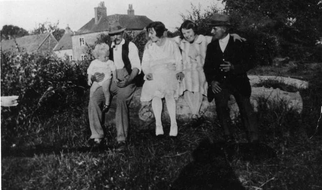 Mr Herc Freemantle & Ken, Mr Chalk and daughters