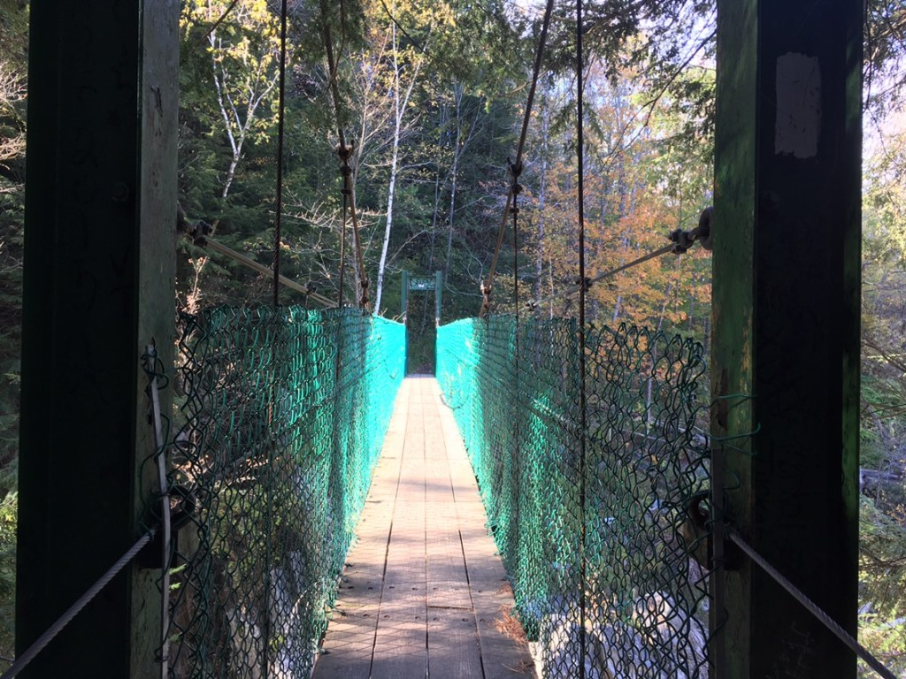 Clarendon Gorge Suspension Bridge