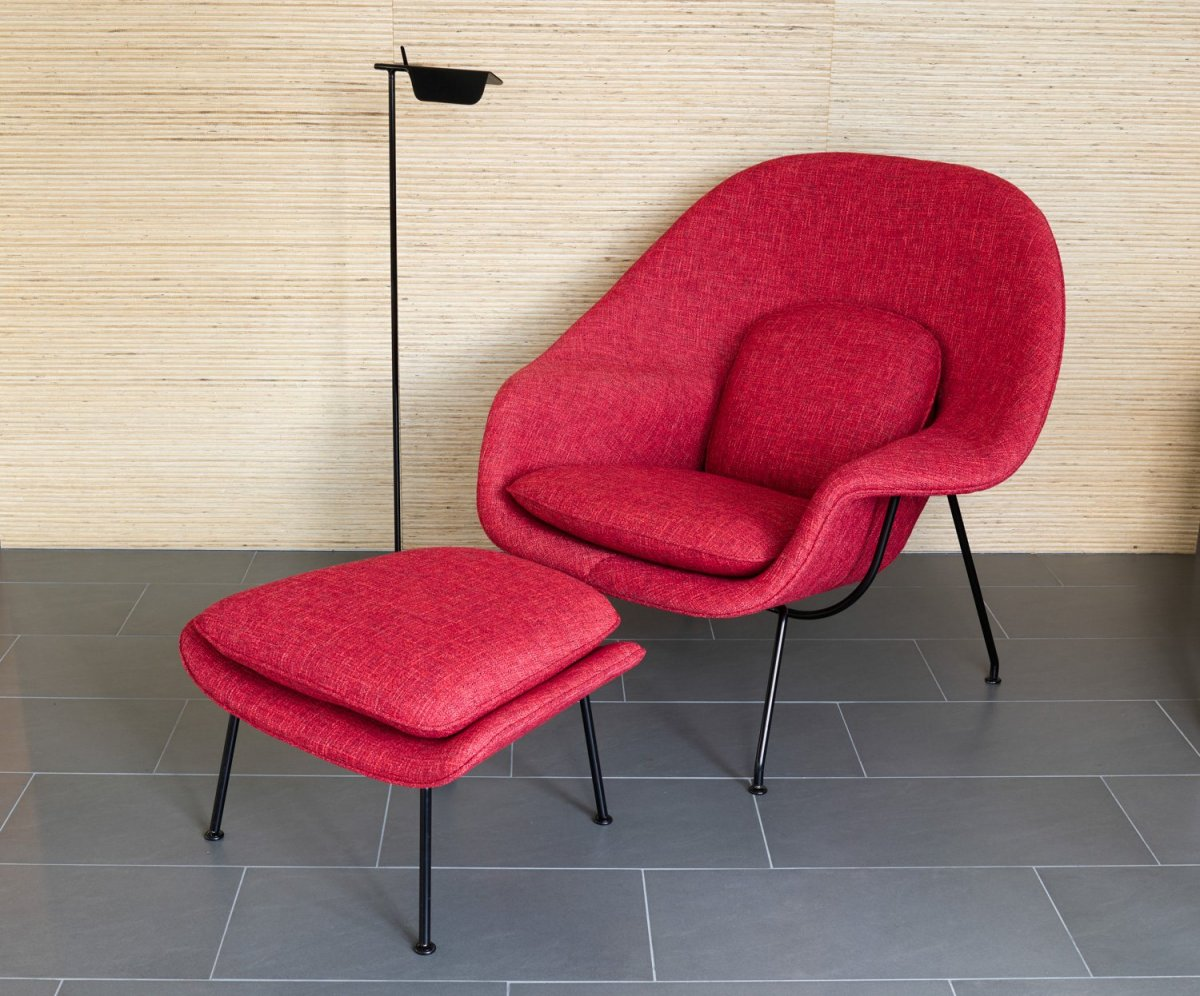 Womb Chair With Ottoman By Eero Saarinen For Knoll Up