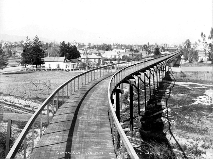 The first Arroyo Seco freeway