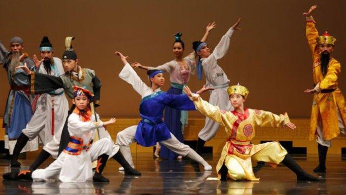 蔦松國中舞蹈班的教學以中國古典舞為主。
