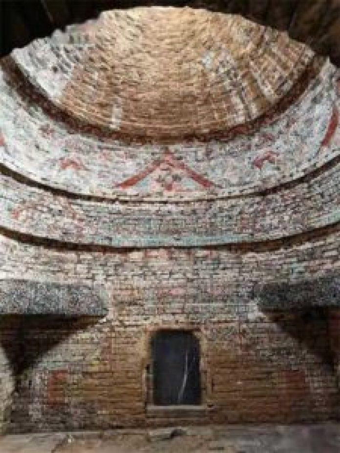 砖雕壁画是济南发掘中最重要的发现。(济南市考古研究所)