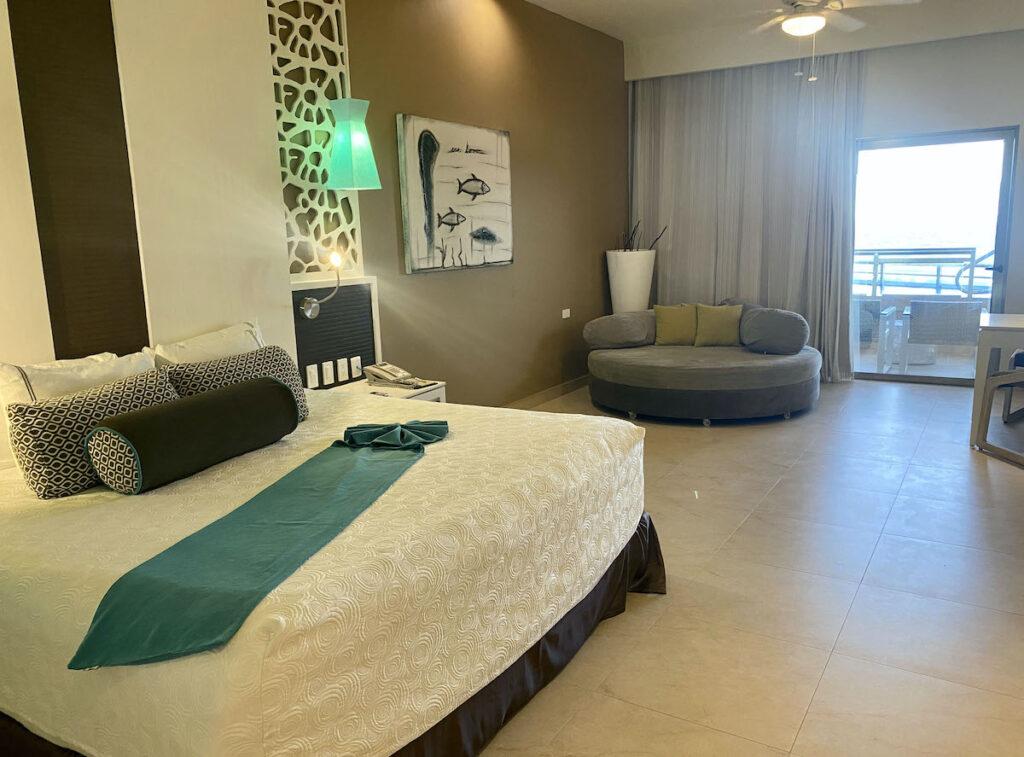 Suite interior, El Dorado Seaside Suites.