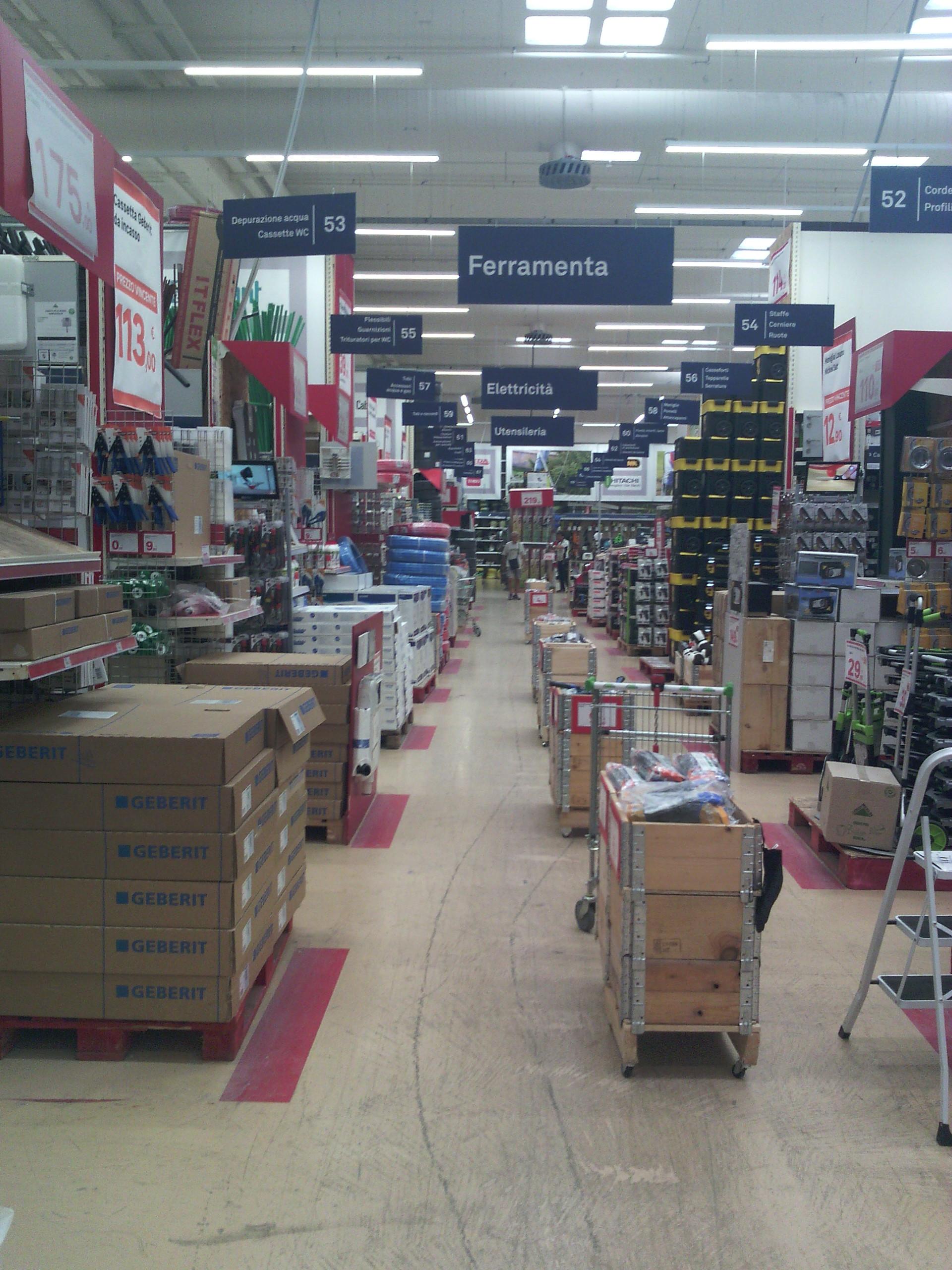 File Leroy Merlin Store In Bastia Umbra Interiors August 2019 11 Jpg Wikimedia Commons