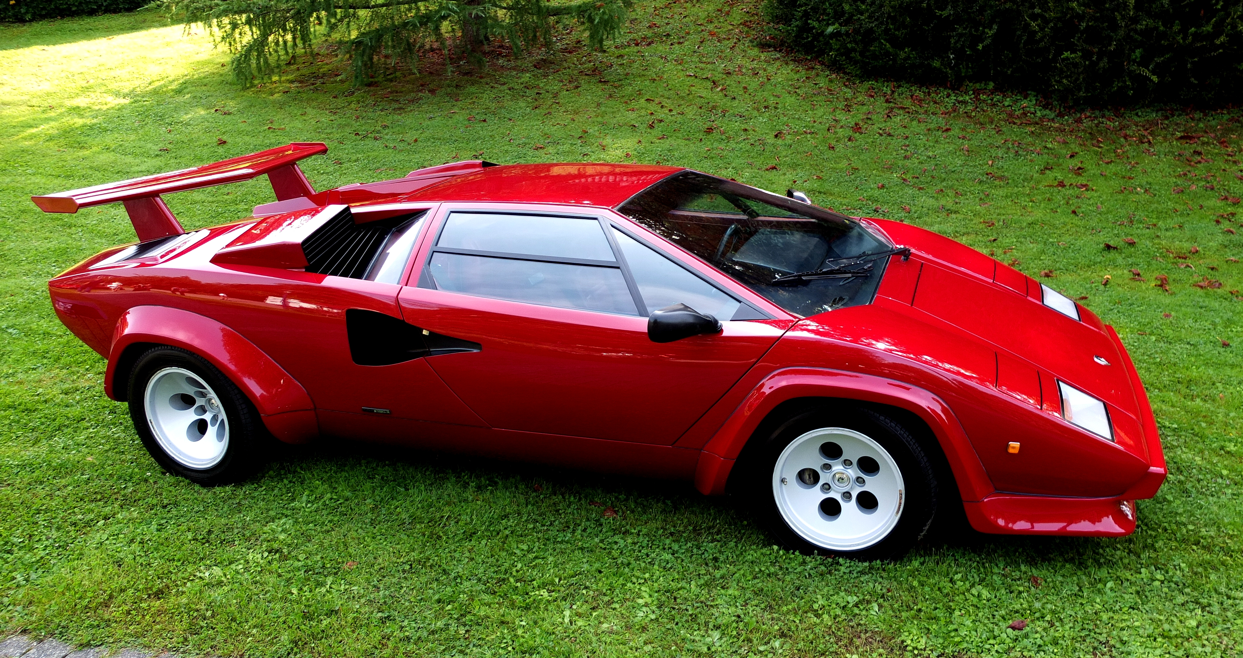 FileLamborghini Countach LP 5000S 1983jpg Wikimedia