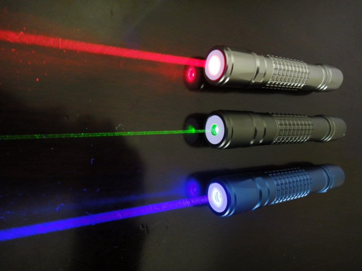 Image result for green laser pointer and red laser pointer