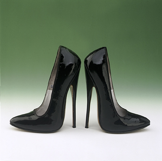 English: Black Patent Leather Fetish Shoes 197...
