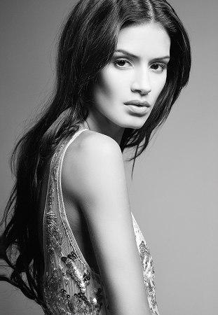 Modelo extremadamente delgada, ganadora de la octava temporada de Americas Next Top Model