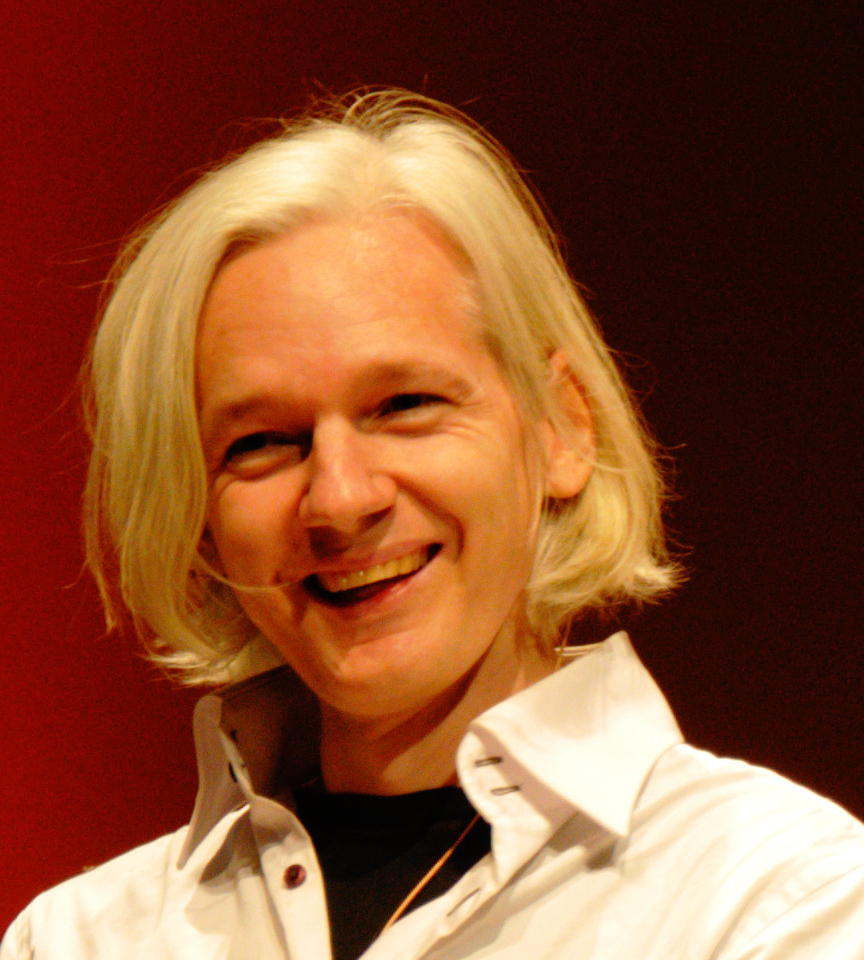 By Andreas Gaufer (26c3 Wikileaks) [CC-BY-2.0 (www.creativecommons.org/licenses/by/2.0)], via Wikimedia Commons