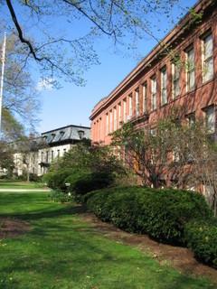 La Escuela Clarke para el Sordo ubicada en Northampton.