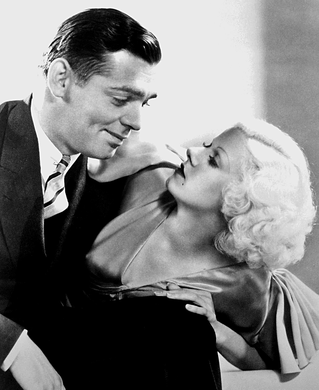 https://i1.wp.com/upload.wikimedia.org/wikipedia/commons/0/07/Gable-Harlow.JPG