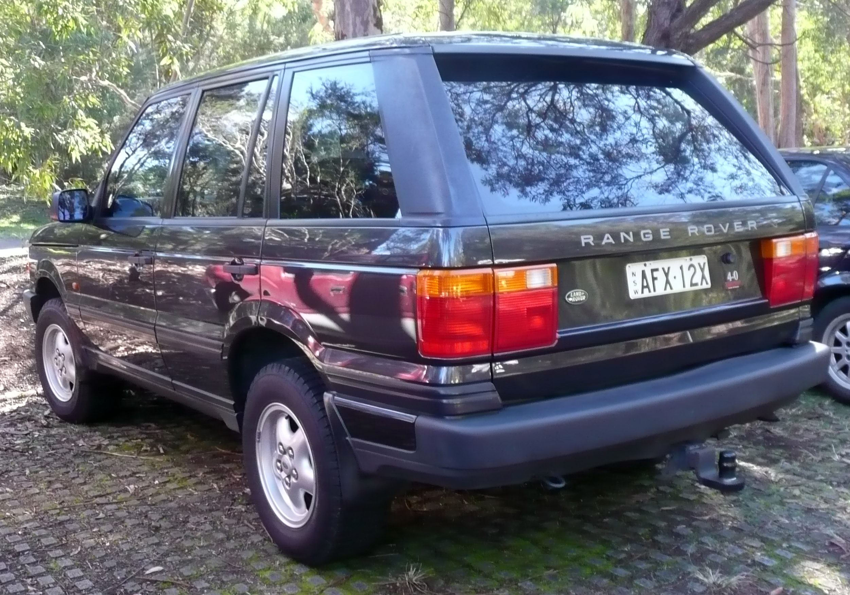File 1995 1998 Land Rover Range Rover P38A 4 0 SE wagon 01