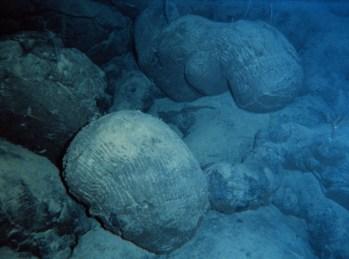 Tipica lava a cuscino del fondale oceanico