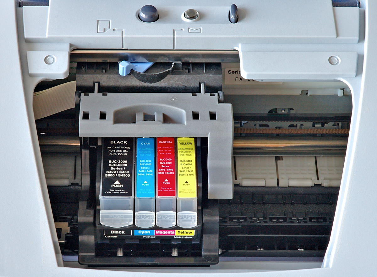 A Canon printer uses thermal drop on demand cartridge technology